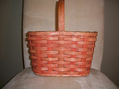 Wine Basket Amish Made Plain with a Stationary Handle in Stock