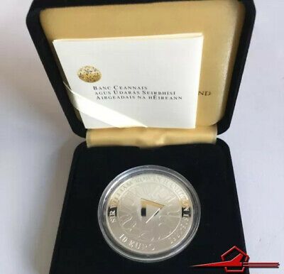 IRISH COMMEMMORATIVE SILVER COINS. 10€. ROWAN HAMILTON 2005. With Box.