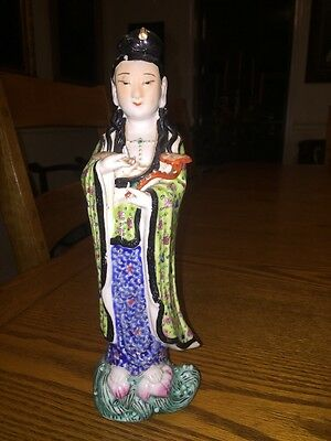 Antique CHINESE Import FAMILLE ROSE Statue Lady Figure