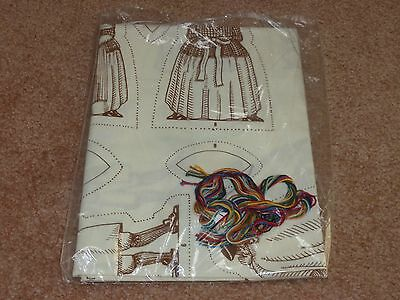 Heritage Dolls To Stitch & Stuff Colonial Dolls 1980  Sewing
