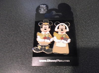 Disney PIN Mickey Minnie Mouse Thanksgiving cornucopia