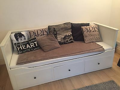 Ikea hemnes white day bed picclick uk for Ikea day bed double