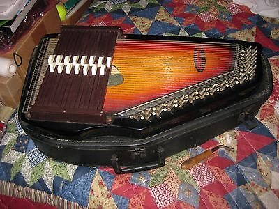 Vintage Chromaharp 36 String 15 Bars with Tuning Tool & Hard Case