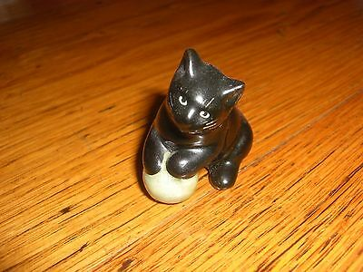 vintage black cat figurine, with ball of wool
