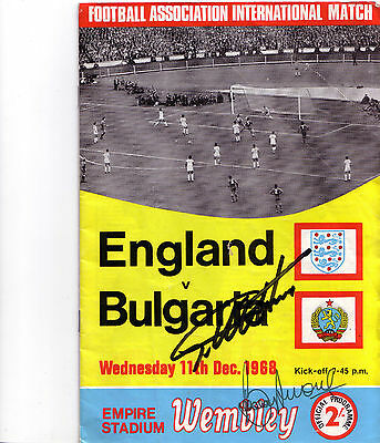 Bobby Moore Geoff Hurst SIGNED England Programme World Cup 1966 66 Bulgaria