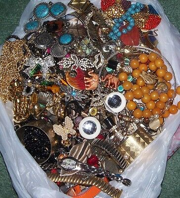 VTG & MOD 10 lbs JEWELRY Craft Wear Share LOT Necklace watches Grab box