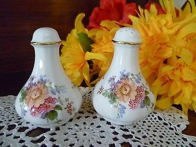 Royal Crown Derby  Derby Posies Salt & Pepper Shakers Excellent Condition