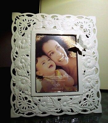 """Lenox Flowers Butterflies And Lace 5"""" X 7"""" Frame Nib"""