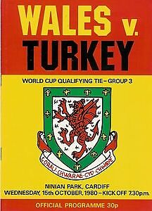 Wales v Turkey - World Cup Qualifier 15 Oct 1980 Ninian Park FOOTBALL PROGRAMME