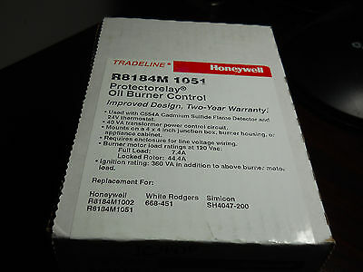 Honeywell R8184M1051 Protectorelay Oil Burner Control w/ lock out timing