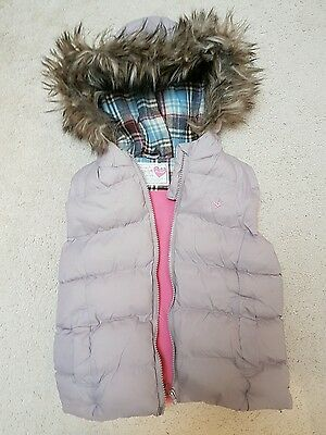 Girls Gilet with Faux Fur Edged Hood Age 6-7 Hardly Worn