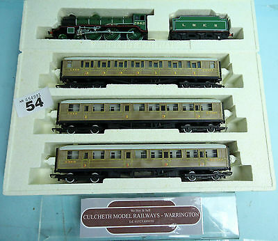 HORNBY 'OO' GAUGE R2017 'MANCHESTER UNITED' TRAIN PACK *LTD. ED.* BOXED #54w