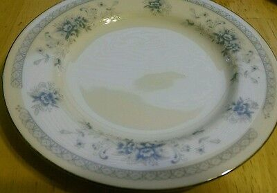 American Limoges from Salem heritage collection 4 saucer plates bridal bouquet
