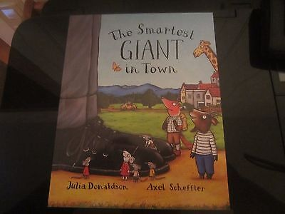The Smartes Giant in Town Julia Donaldson English
