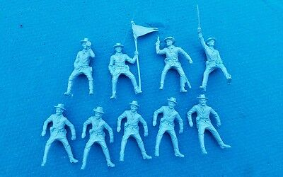 Marx Playset... Long Coat Cavalry Riders Powder Blue - Fort Apache -9 Figures