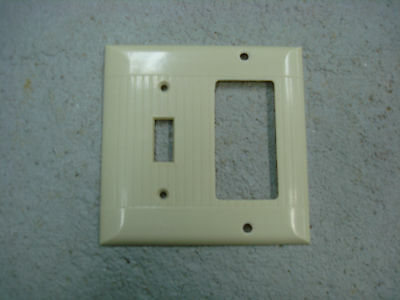 Vintage Uniline Ivory Decora GFCI Switch Outlet Cover Plate 2 Gang Ribbed Sierra