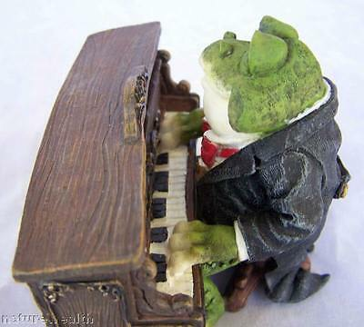 Piano Frog Player Figurine music 4 X 3 New mixed materials
