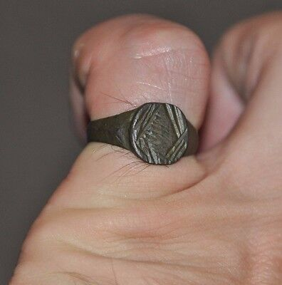 Ancient Authentic Roman Empire Legionary Soldier Bronze Wearable Ring Sz US 8