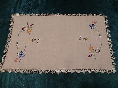 Vintage Beautiful Hand Embroidered  Dog Large Doiley Cream Crocheted Edge