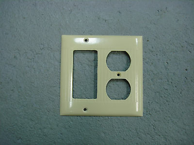 Vintage Sierra Uniline Ivory Decora GFCI Switch Outlet Cover Plate 2 Gang Ribbed