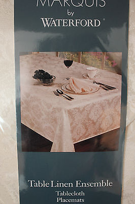 Marquise By Waterford Table Linen Ensemble 17Pc Set.