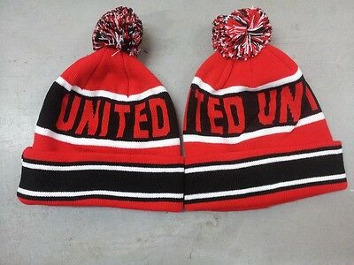 Man Utd Style Pom Pom Beanie Bobble Hat Woolly Knitted Pom