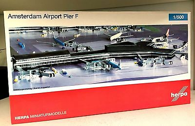 Herpa Wings 1:500 Airport Accessories Amsterdam Schiphol Pier F Building