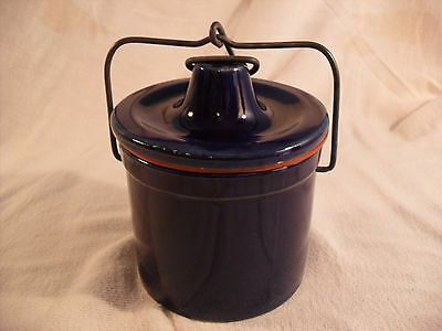 Cobalt Blue 16 oz  Stoneware Cheese Crock with Lid and good seal
