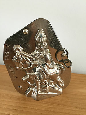antique chocolate mold st-nick with horse over rooftops 15930
