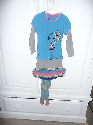 Catimini Girls Outfit Skirt, T shirt and tights  Age 4