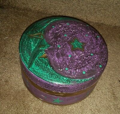 Round Jewelry/trinket Box W/ Moon On Front From Dee Dee Arts! ~~~ Brand New! ~~~