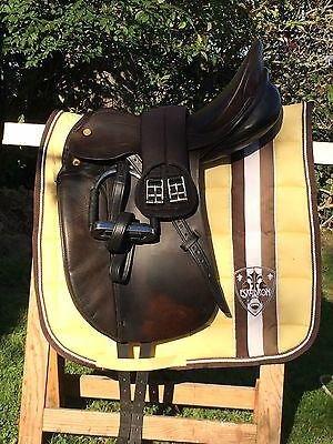 TOP !!! PRESTIGE Dressursattel Dressage Tief Sitz 17 5 34 Saddle