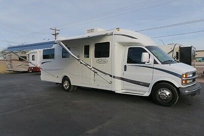 2002 Rvision Trail Lite 251 Class B Down Corner Bed 3Pc Bathroom Camera