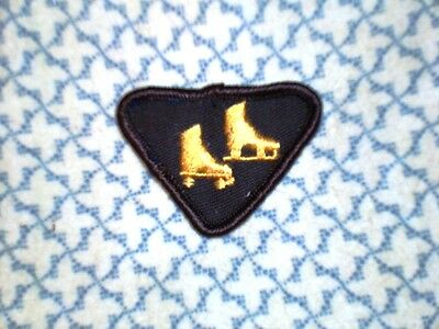 Vintage Brownies SKATER Interest Badge Girl Guide Scout Patch Crest Discontinued