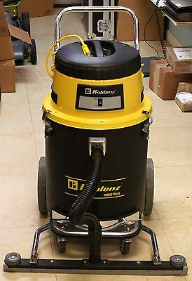 """Koblenz AI-1260P Wet/Dry Vacuum Cleaner w/ 28.5"""" wide super squeegee"""