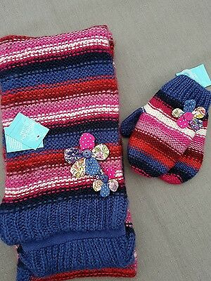 New Monsoon Girls Mittens and Scarf set. Age 1-3