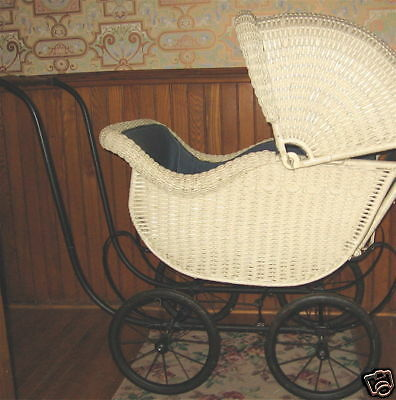 1910-20 SUPER Signed Heywood Wakefield Wicker Carriage Upholstered Comfy