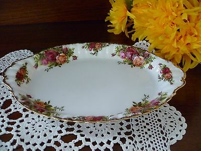 Regal Tray In Old Country Roses  By Royal Albert Made In England