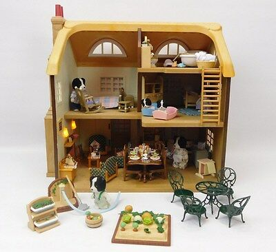 Sylvanian Families Highfields Farm Fully Furnished & Border Collie Family Bundle