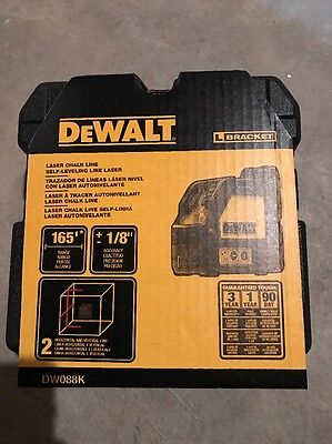 NEW DEWALT DW088K Cross Line Laser Self-Leveling Measuring Tool