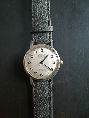 montre watch vintage LAUREAT 17 jewels remontage mécanique 1970 shockproof