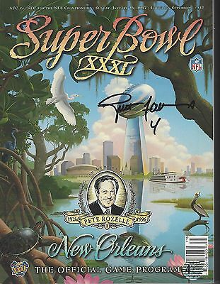 Brett Favre Autographed Green Bay Packers Super Bowl 32 Official Program