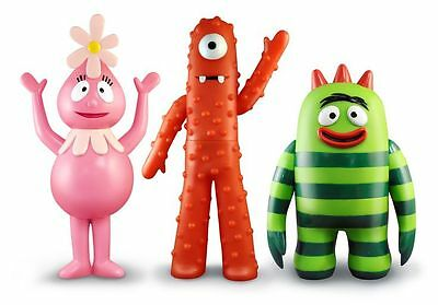 3 New YO GABBA GABBA Large Articulated Standing Figures Foofa Muno Brobee Retire