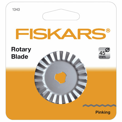 45 mm Pinking Cutter Rotary Blade by Fiskars, For Cutting Through Multiple Layer