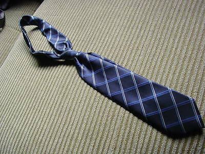 boy's size 8-14 The Children's Place blue diamond neck tie great condition