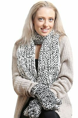 Ladies Black and White Knit Scarf and Mitten Boxed Gift Set