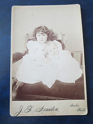 """VINTAGE PHOTOGRAPH  4""""x6"""" 1880's CABINET PHOTO  MOURNING PHOTO??  USA"""