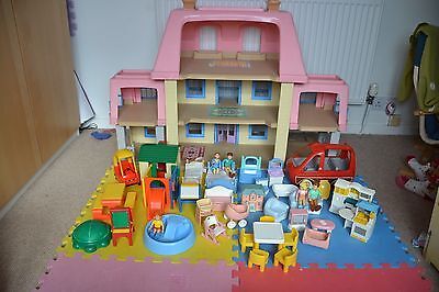 Little Tikes Grand Mansion dolls house (Nottingham)