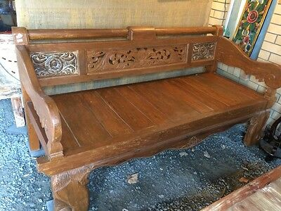 Daybed, bench, timber, comes with cushion.