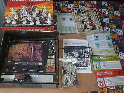 BOARDGAME  Games Workshop MIGHTY WARRIORS - REGOLAMENTO IN INGLESE - OOP